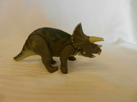 Jurassic Park Lost World Triceratops JP44 Dinosaur Figurine - $25.99