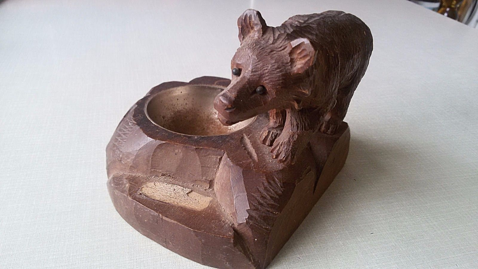 Antique BLACK FOREST fine CARVED Bear Brienz German Hunting Deco cabin ashtray image 2