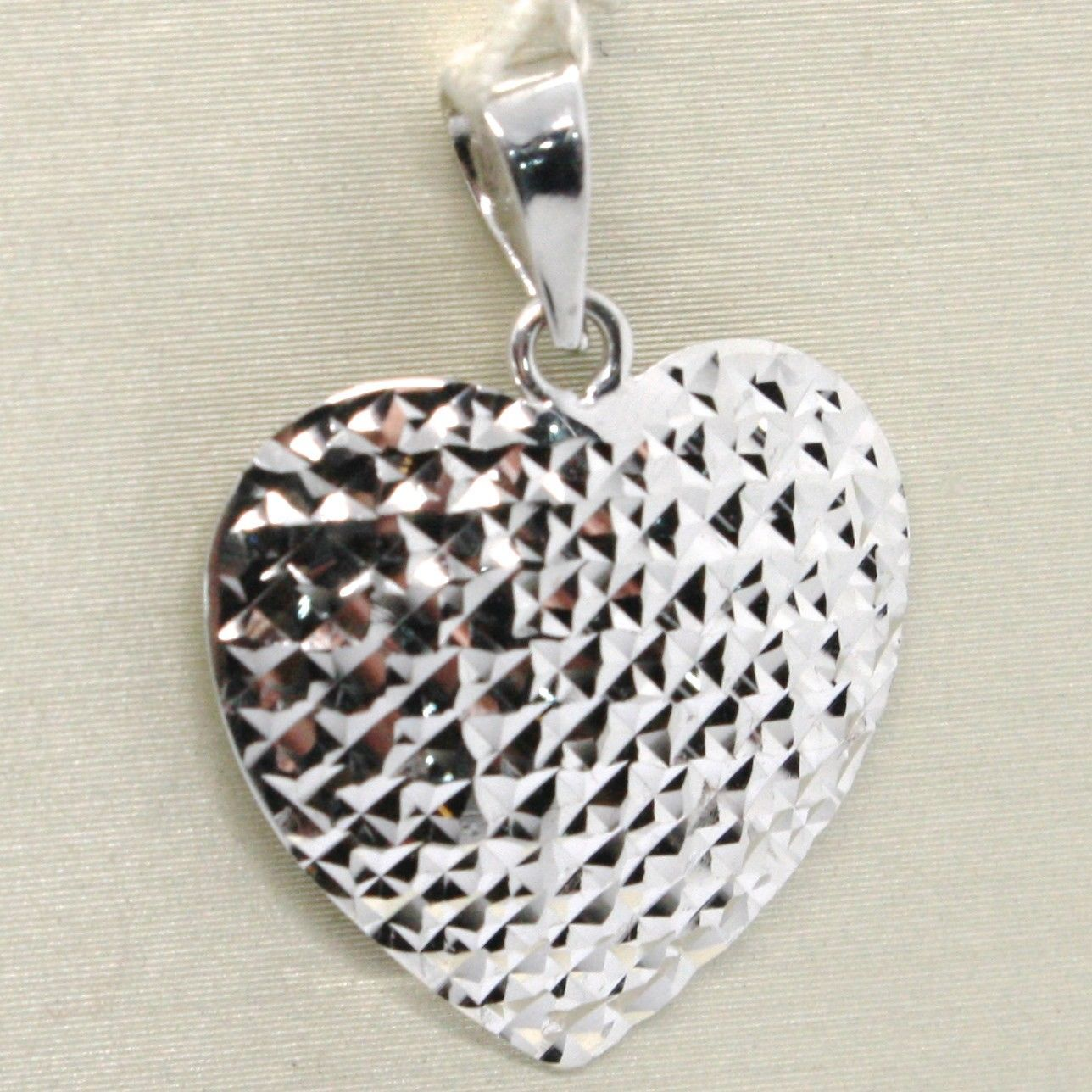 18K WHITE GOLD HEART PENDANT, CHARMS, FINELY WORKED, CURVED, MADE IN ITALY