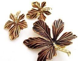 Fall Autumn Leaves Br Vintage Gold Tn Enamel Rhinestones Pin & Earrings ... - $28.70
