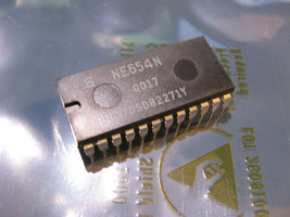 NE654N Signetics Dolby IC 24 Pin DIP Plastic Package - NOS Vintage Qty 1 - $9.49