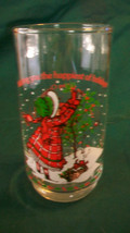 VINTAGE HOLLY HOBBIE PICKING HOLLY BERRIES COCA-COLA LOGO GLASS from 1982 - $14.85