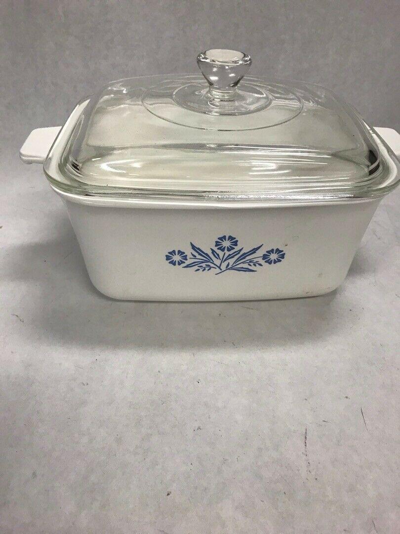 Corrning ware Blue flower casserole lid oblong P4B Vintage 1.5 qt 9 by 6 by 4 in - $26.72