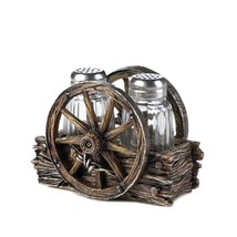 Salt Pepper Shakers Novelty, Wagon Wheel Small Kitchen Salt Pepper Shake... - $23.19