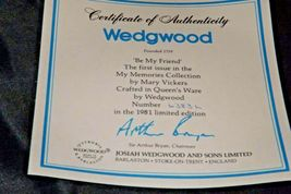 """1981 """"Be My Friend""""   Wedgewood by Mary Vickers AA20-2301 Vintage Commemorative  image 6"""
