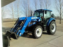 2017 New Holland T4.75 For Sale in Waseca, Minnesota 56093 image 1