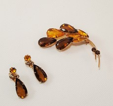 Vintage Brooch Brown Yellow With Matching Clip Earrings Set - $10.00