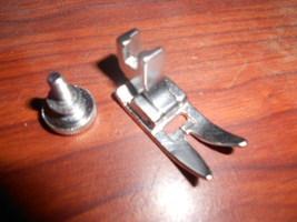 Kenmore Free Arm 158.19471 Low Shank Zig Zag Satin Stitch Foot w/Mounting Screw - $10.00