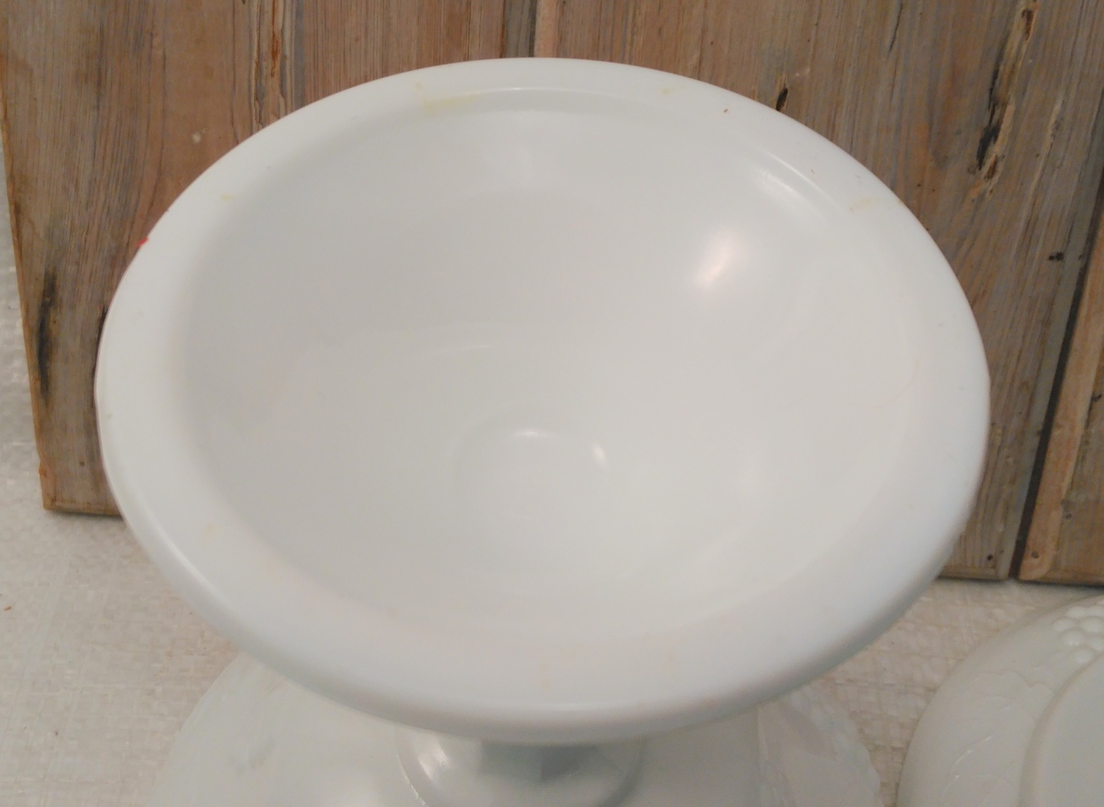 Milk Glass Pedestal Wedding Bowl Indiana Glass Harvest Grape Pattern w/ Lid 10""