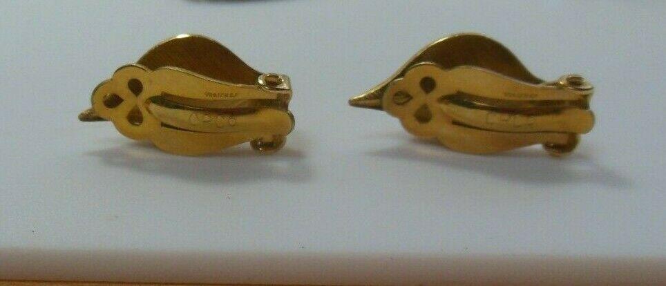 Vintage Signed CRCo 12k Gold filled Clip-on Leaf Earrings