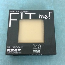 Maybelline Fit Me Set Smooth Powder Compact Golden Beige 240 Normal to Dry  - $7.69