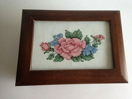 "Vintage Wood Wooden Jewelry Music Box NEEDLEPOINT FABRIC 8"" x 5.5"" X 2.5"" - $27.47"