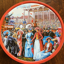 """10 x 5 """"A Day At The Races"""" empty biscuit tin , Horse Race - $12.19"""