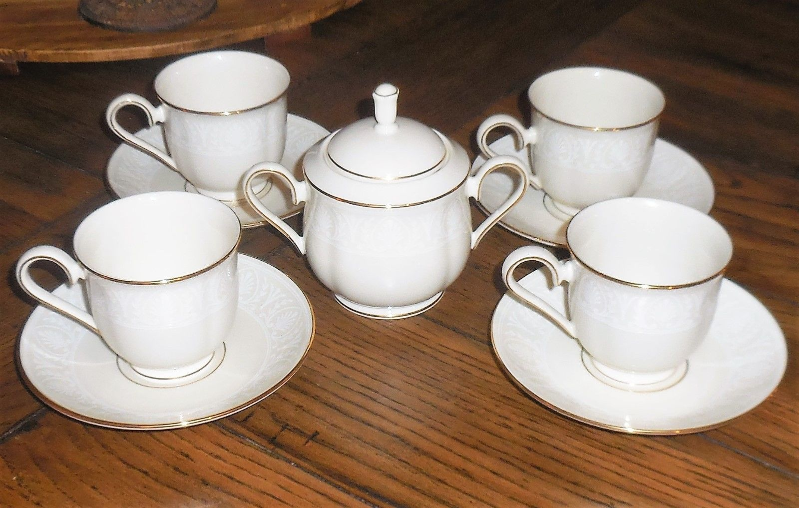 Primary image for 9pc NEW LENOX COURTYARD GOLD Cup & Saucer Set w/ Lidded Sugar Bowl