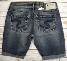 SILVER JEANS SHORTS Buckle Mid Rise Aiko Jean Light Denim Cuffed Short 28 - $19.97