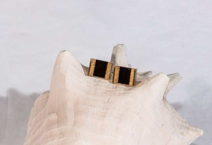 Vintage Shields onyx cuff links men's accessories black and gold tone - $17.81
