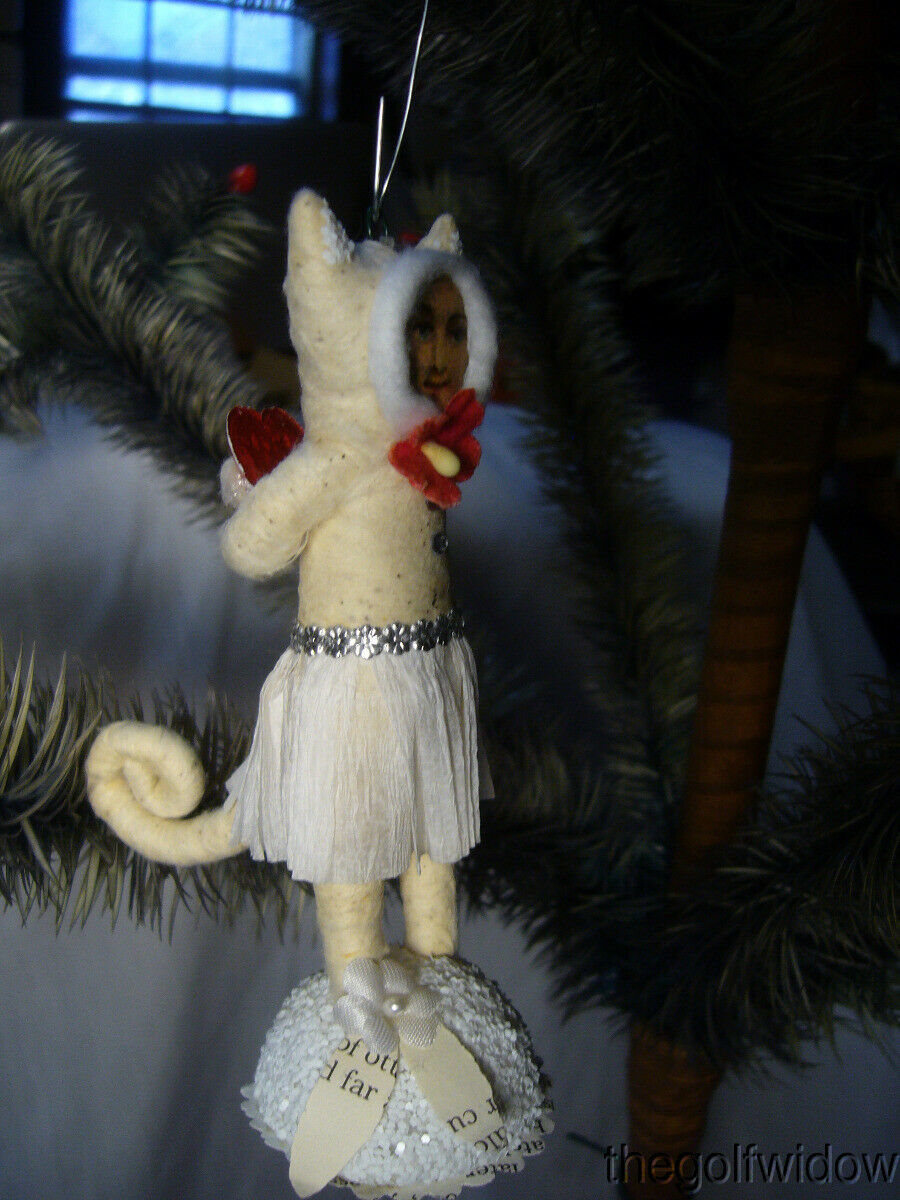 Vintage Inspired Spun Cotton Kitty In Love Kitten Christmas Ornament no. V23
