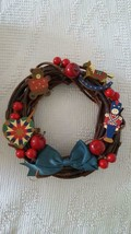 """10"""" VINTAGE AVON HOLIDAY WREATH, BRANCHES, WOODEN NUTCRACKER, HEART, TED... - $19.79"""