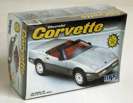 Chevrolet Corvette Roadster mpc Ertl 1/25 Model Car Kit New - $12.82