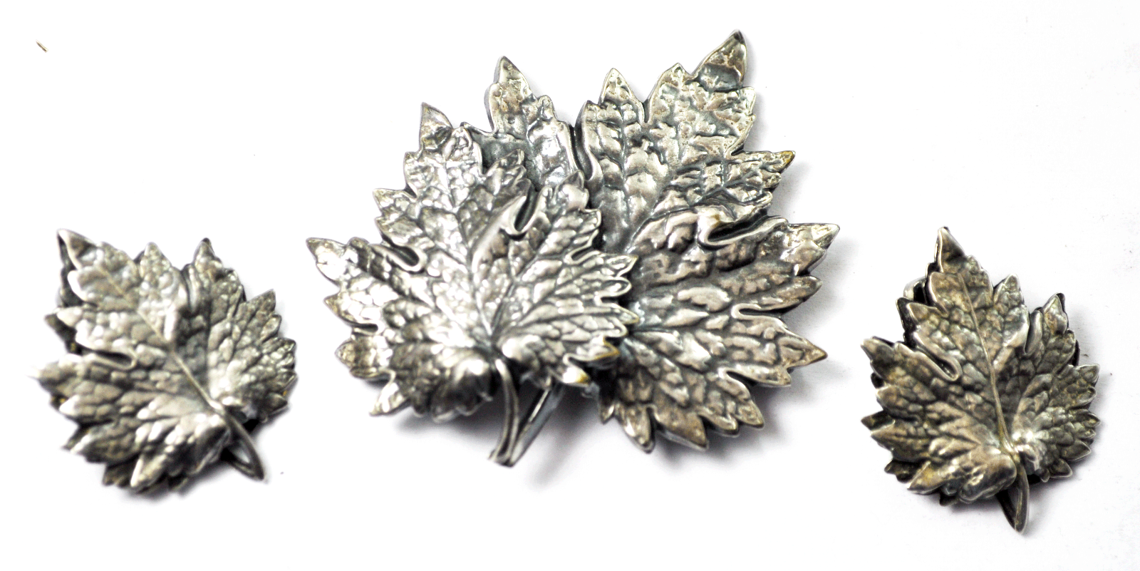 "Sterling Silver Napier Maple Leaf 1-1/4"" Clip On Earrings & 2-1/4"" Brooch Set"