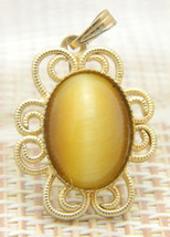 Yellow Brown Tiger's Eye Oval Flower Floral Gold Tone Necklace Pendant V... - $24.74