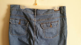 Petite Boot Cut Riders By Lee Jeans, Mid-RIse Med wash Size 18 image 7