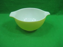 Vintage Pyrex USA Ovenware Yellow Green Glass 1.5 Pint Mixing Bowl 441 - $13.06