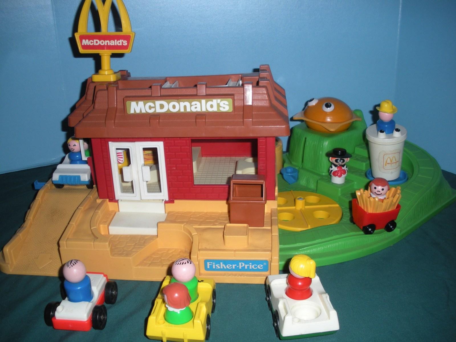 Vintage Fisher Price #2552 McDonald's Play Set Complete + BONUS!/VG++-EXC (N) image 6