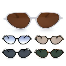 Womens Retro Vintage Style Thin Plastic Fashion Sunglasses - $12.95