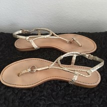 COACH Gold Sandals Reptile Stamped Leather LOGO Thong Flats Women 7.5 or 8 - $33.25