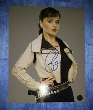 Emilia Clarke Hand Signed 8x10 Photo COA Star Wars - $75.00