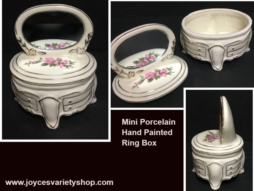 Ring box porcelain web collage