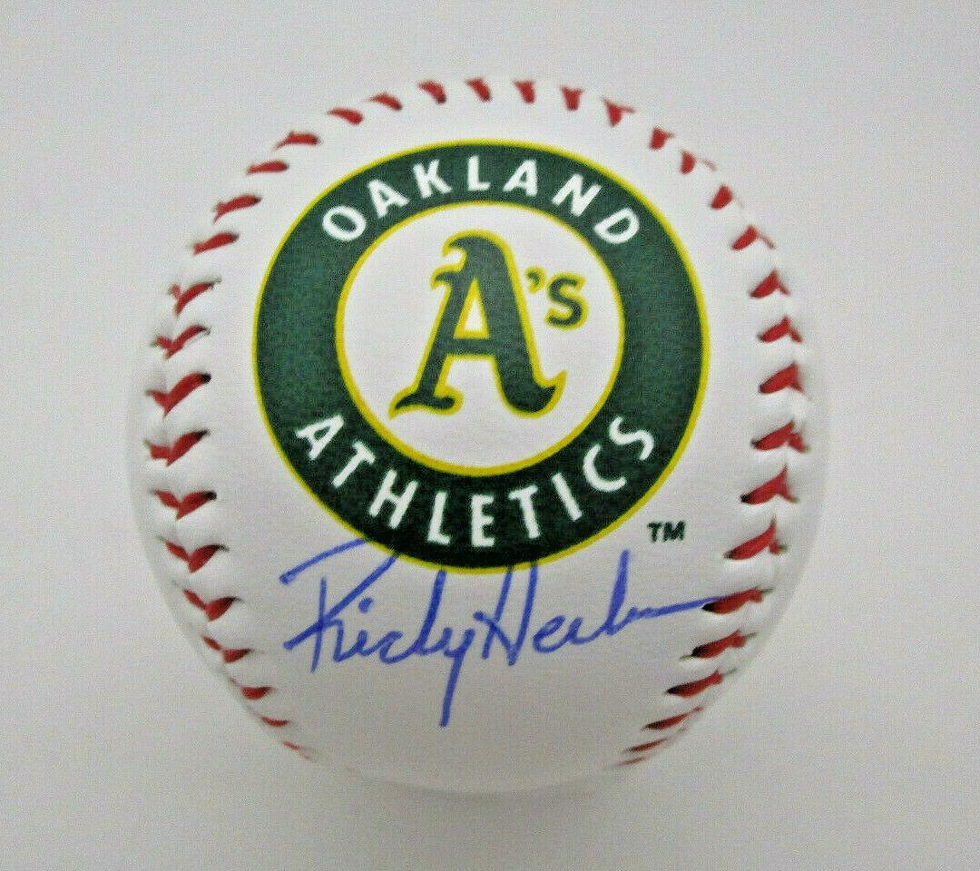 RICKEY HENDERSON / MLB HALL OF FAME / AUTOGRAPHED A'S LOGO OML BASEBALL / COA