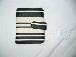 Time And Tru Ladies Two Fold Wallet Black & Cream Color ID Viewer CC Slo... - €9,91 EUR