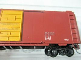 Micro-Trains # 02000257 Southern 40' Standard Boxcar Grain Hauling N-Scale image 4