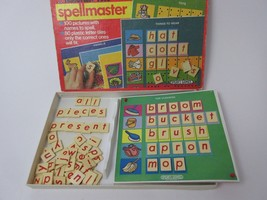Discovery Toys, SPELLMASTER game educational spelling fun Vintage - $12.86