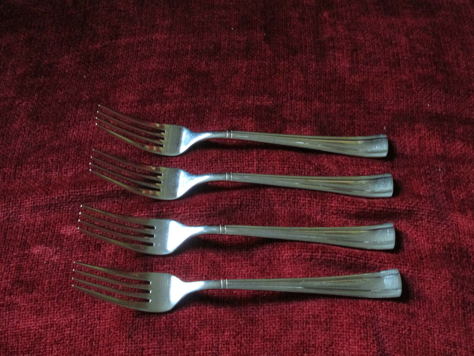 Primary image for Cuisinart Geo SET OF 4 dinner forks glossy