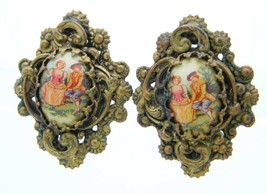 VTG Gold Tone Repousse Victorian Courting Scene Screw Back Earrings - $29.70