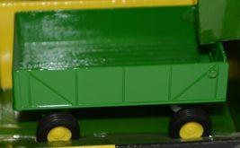 John Deere TBE15489 Die Cast Metal Replica 1999 6410 Tractor Wagon Disk image 3