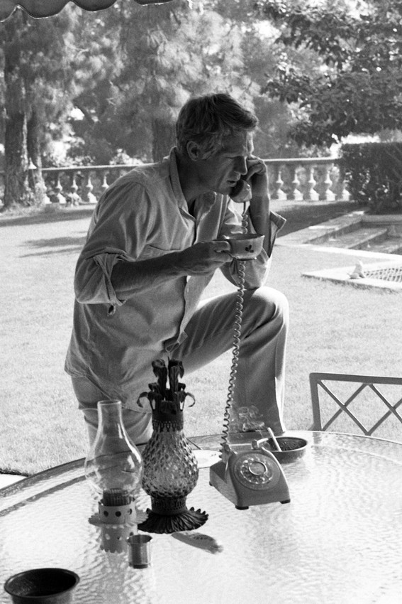 Steve McQueen at Brentwood LA home drinking coffee on telephone 18x24 Poster - $23.99