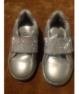 MICHAEL KORS 9M GIRLS IVY CANDY MUTED SILVER SILVER RHINESTONE SNEAKERS ... - $29.69