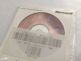 Microsoft Office XP Small Business Edition Version 2002 (with Product Ke... - $12.00
