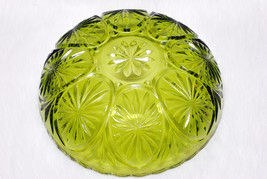Vintage Collectible Anchor Hocking Forest Green Star & Cameo Glass Bowl - $29.00