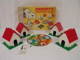 ORIGINAL Vintage 1977 Milton Bradley Peanuts Snoopy's Doghouse Game - $23.12