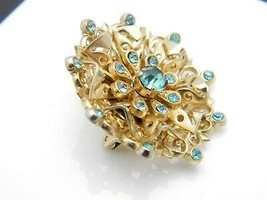 Coro Blue Rhinestone Filigree Medallion Gold Tone Vintage Pin Brooch image 2