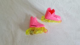 """ADORABLE BARBIE ROLLERBLADES, PINK YELLOW, ROLLABLE, 1.25""""FOOT, HARD PLA... - $7.56"""