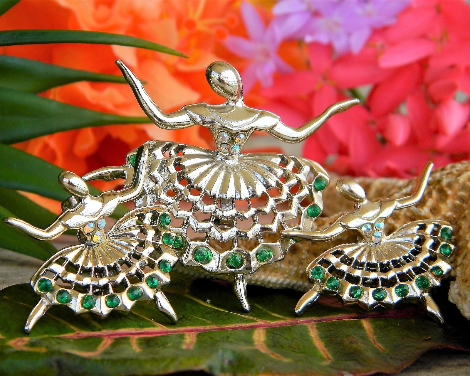 Vintage ballerina ballet dancers brooch pin rhinestones scatter set 3