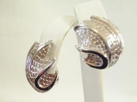 Crown Trifari Brushed Silver Plate Huggie Clip Earrings Shiny Swirl Vintage - $16.34