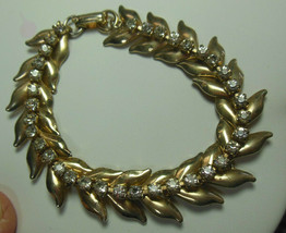 "Vintage Gold-tone Rhinestone Leaves Link Bracelet 7"" Long - $44.55"