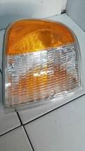 Passenger Corner/Park Light And Lightning Fits 97-03 FORD F150 PICKUP 284403 - $28.49